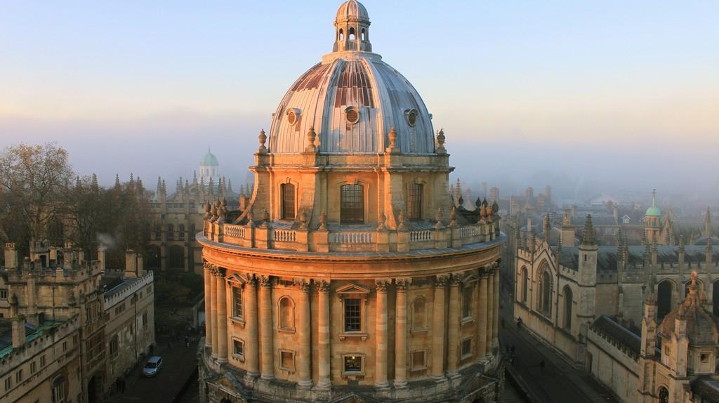 Oxford Light in November   © Tejvan Pettinger/Flickr