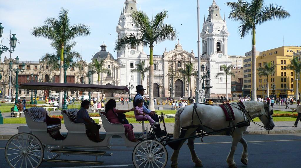 Lima's Historical Center   © Art DiNo / Flickr