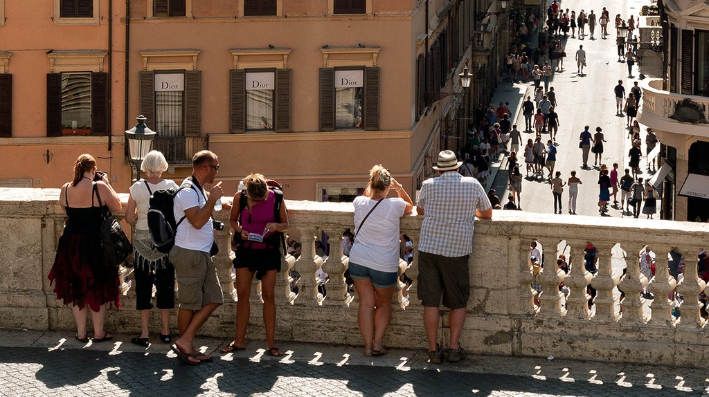 Tourists On The Spanish Steps   © cappellacci/Flickr