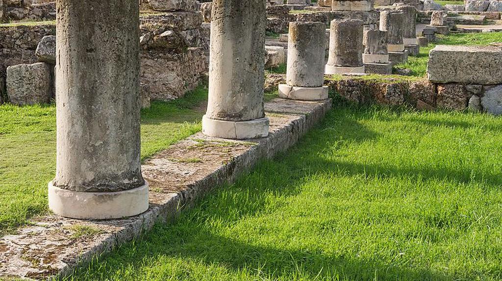 Columns of the Pompeion in the Kerameikos, Athens, Greece   ©Jebulon/WikiCommons