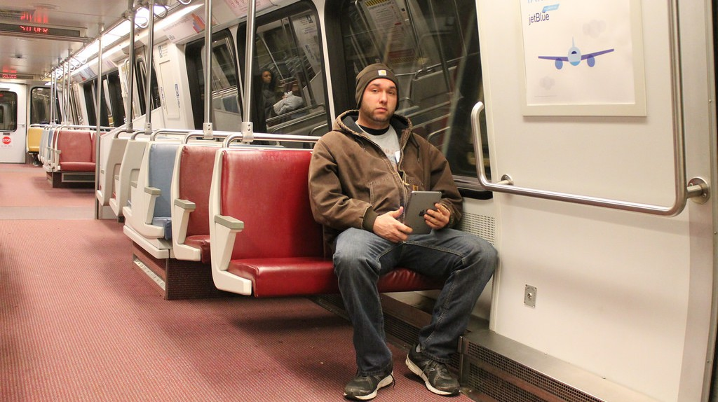Manspreading is now banned on Madrid's public transportation  | © Elvert Barnes/Flickr