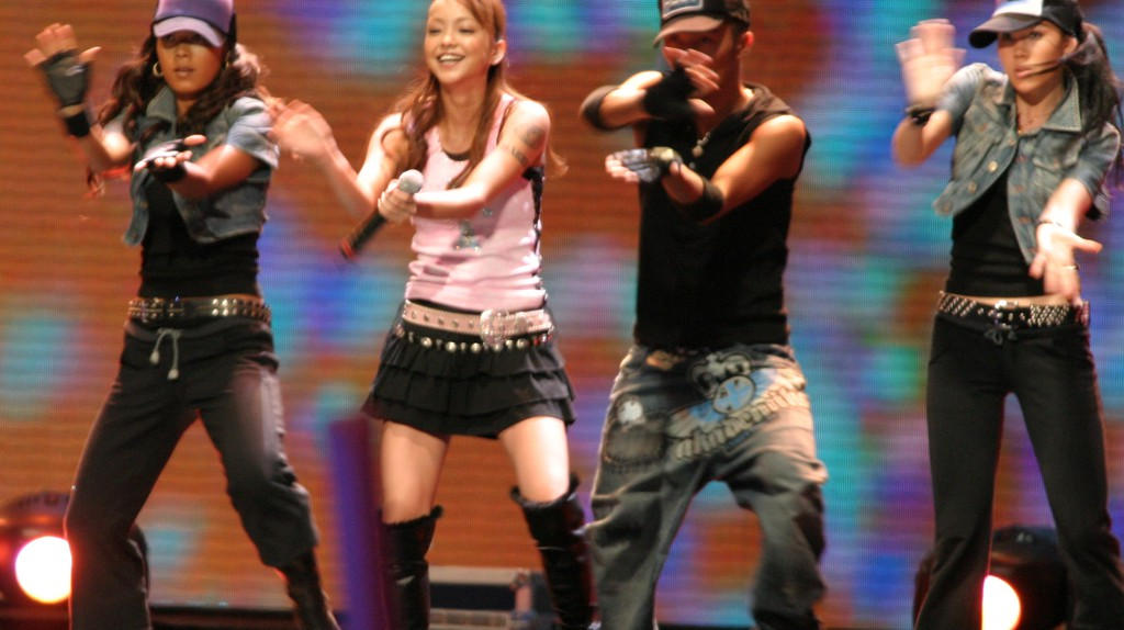 Namie Amuro performs in Bangkok in 2005 | © Sry85/WikiCommons (cropped)