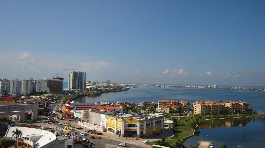 Cancun   © Manuel Canela / flickr