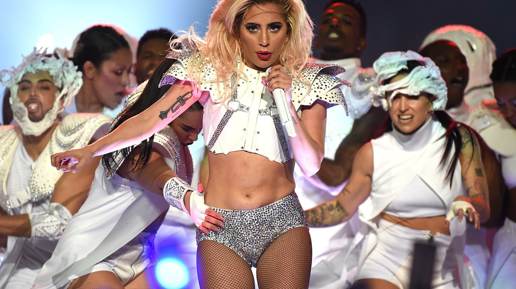 Lady Gaga performs at the Superbowl | © Frank Micelotta/REX/Shutterstock