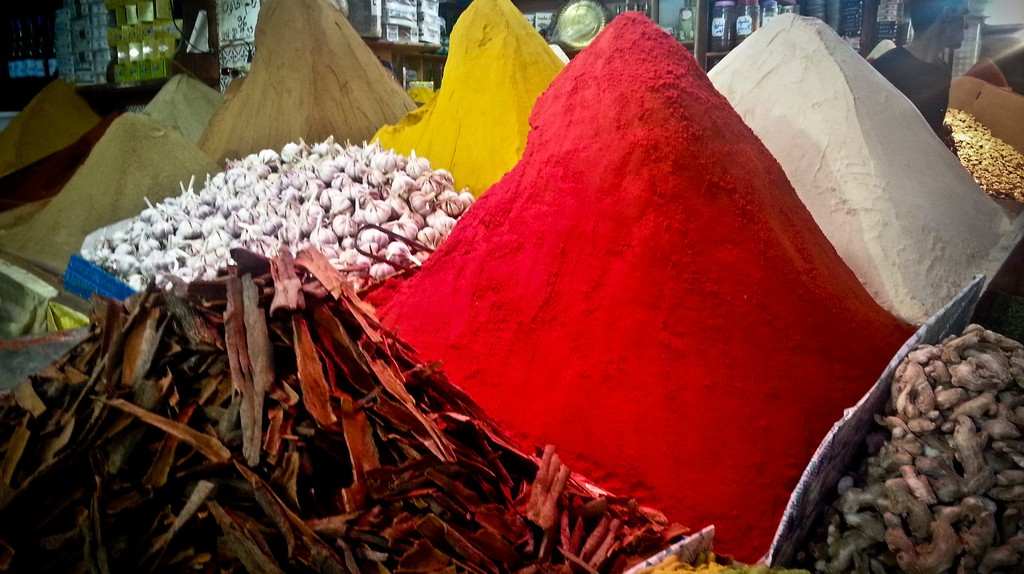 Colourful spices in Casablanca's Habbous Quarter | © SnippyHolloW / Flickr