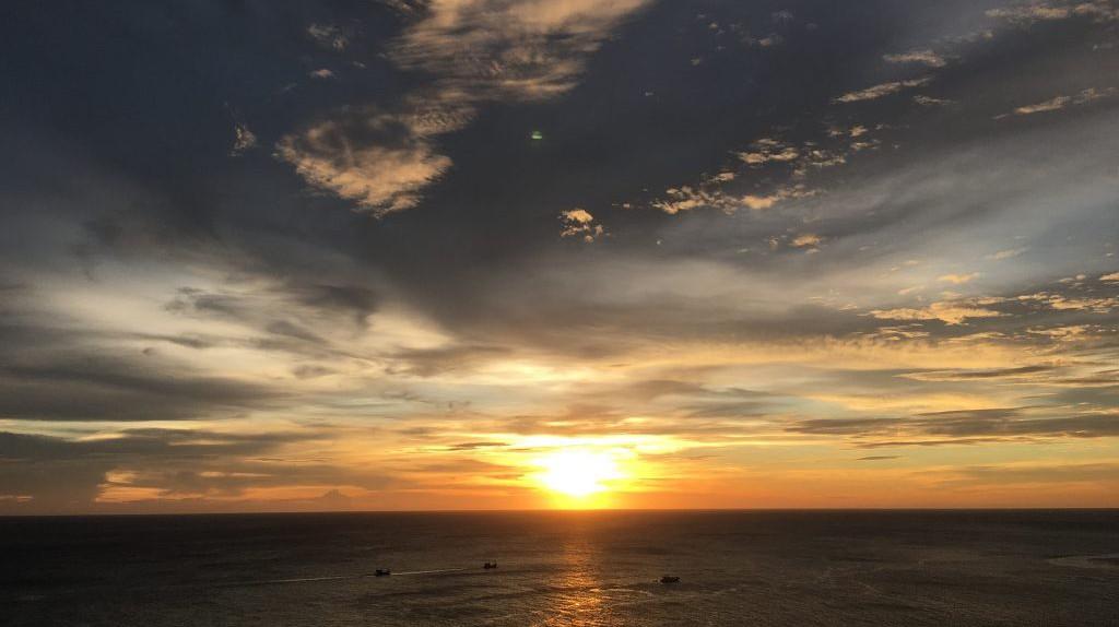 Sunset Phuket  | © Courtesy of chanatach/Pixabay