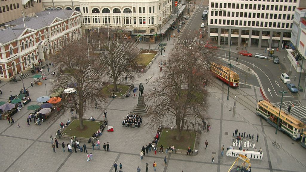 View of Cathedral Square from the Christ Church Cathedral in 2006 | © Timsdad/Wikimedia Commons