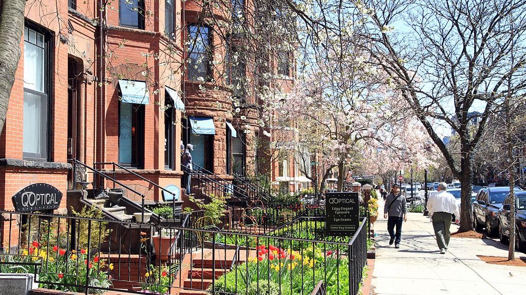 Boston Newbury Street |  © Ingfbruno / WikiCommons