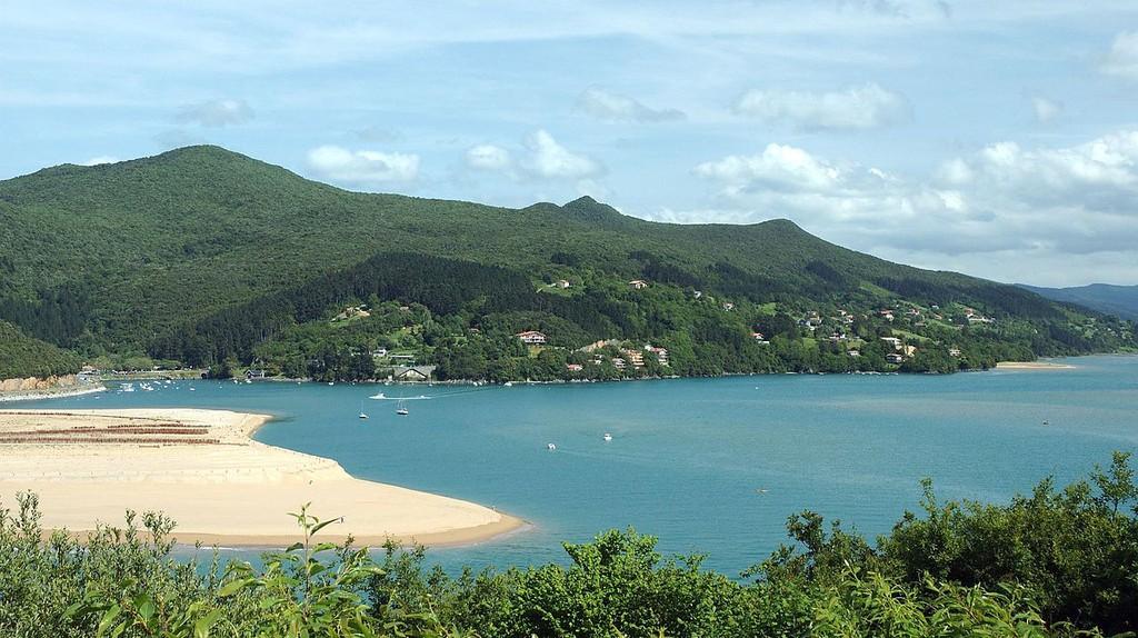 Mundaka, Basque Country, Spain | ©Eltito / Wikimedia Commons