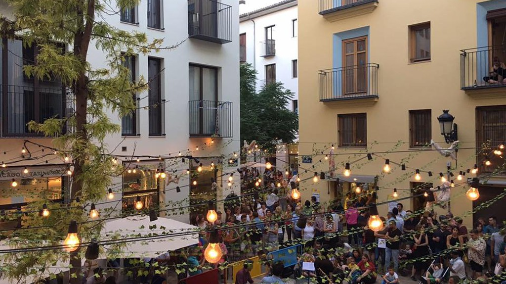 Summer events at Mercado de Tapineria, Valencia I Courtesy of Mercado de Tapineria