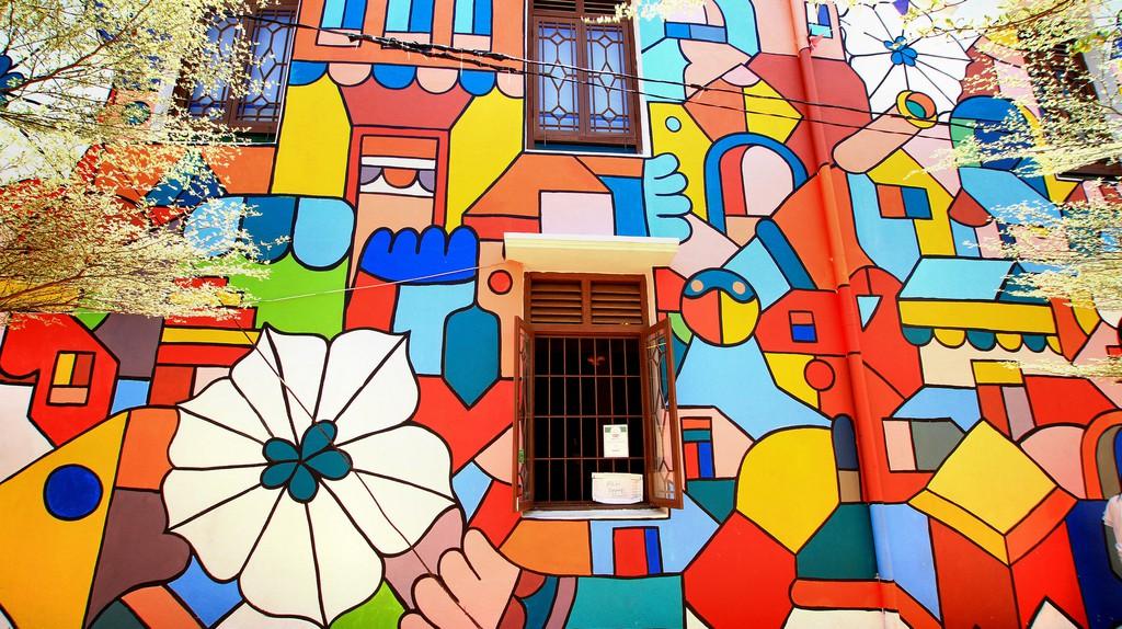 Melaka's colorful architecture   (c) Phalinn Ooi / Flickr