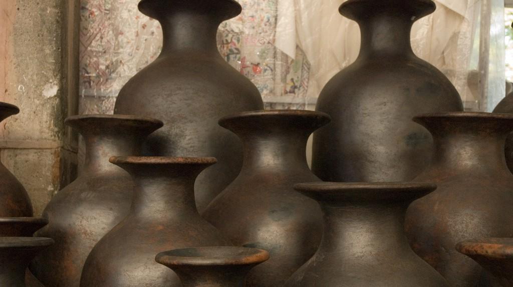 Pottery   © Paul Asman and Jill Lenoble/Flickr