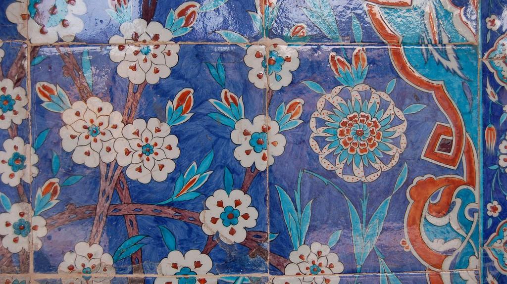 Iznik Tiles from Rüştem Paşa Mosque | © Andrew Gould/Flickr
