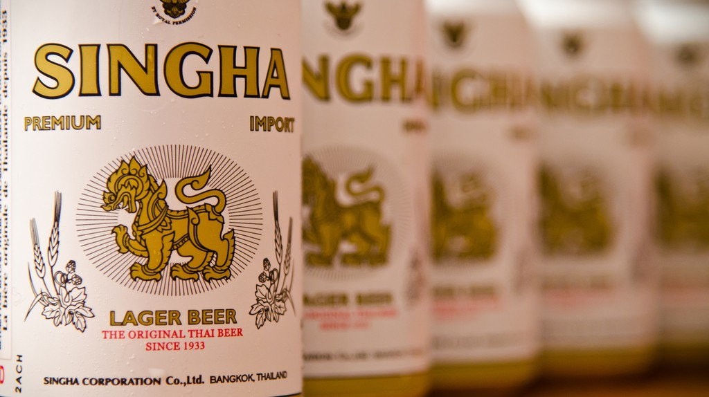 Singha beer | © Alexis Gravel / Flickr