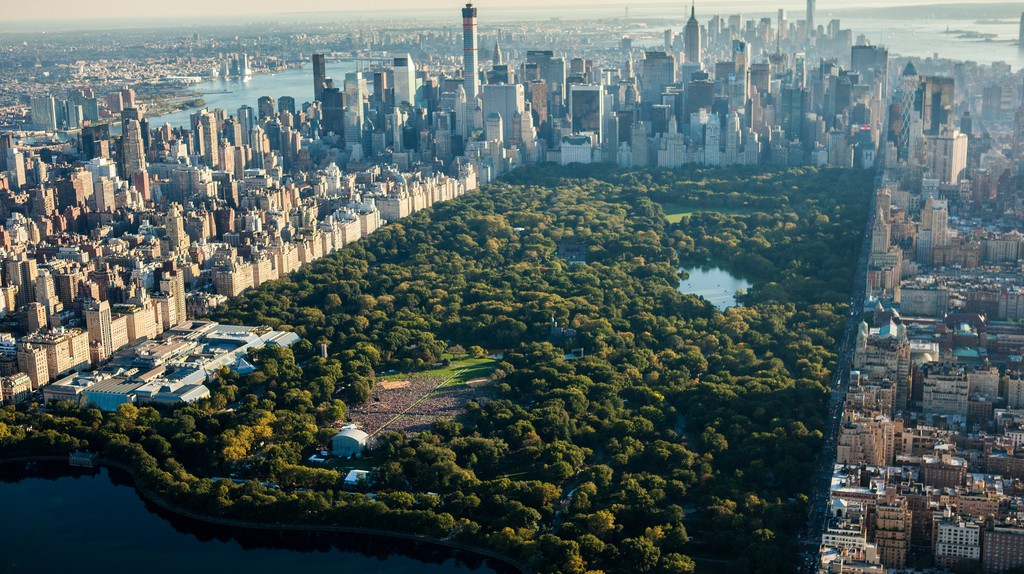 "<a href=""https://www.flickr.com/photos/quintanomedia/15351915006/"" target=""_blank"" rel=""noopener noreferrer"">Central Park | © Antony Quintano / Flickr</a>"