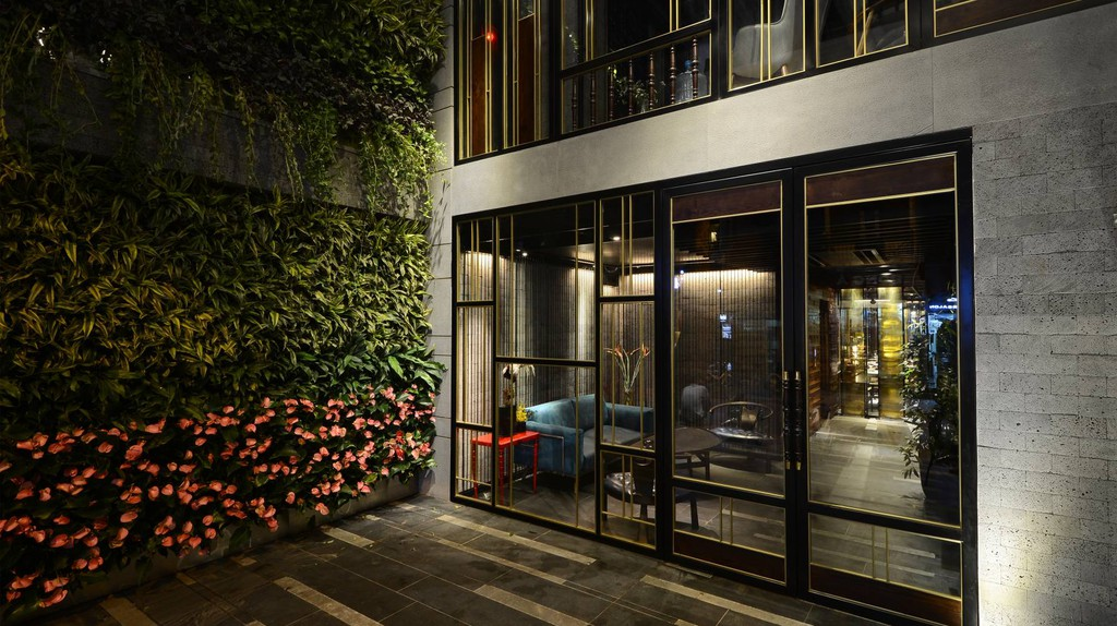 © Courtesy of Chi Boutique Hotel