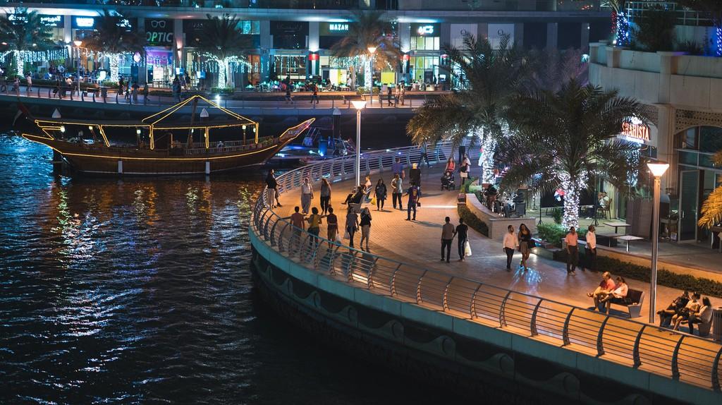 "<a href=""https://pixabay.com/en/dubai-dubai-marina-2136087/"" target=""_blank"" rel=""noopener noreferrer"">Dubai | Teemuj / Pixabay</a>"