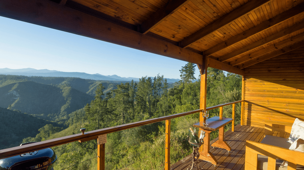 Cliffhanger Cottages in Knysna offer spectacular views of the Outeniqua Mountains |Courtesy of Cliffhanger Cottages