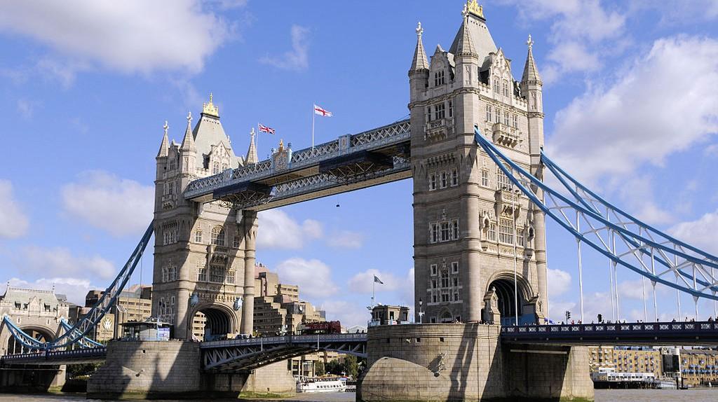 London Bridge   © Wikimedia Commons
