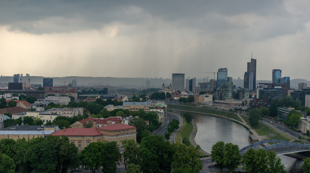 Rain in Vilnius | © Guillaume Speurt / Flickr