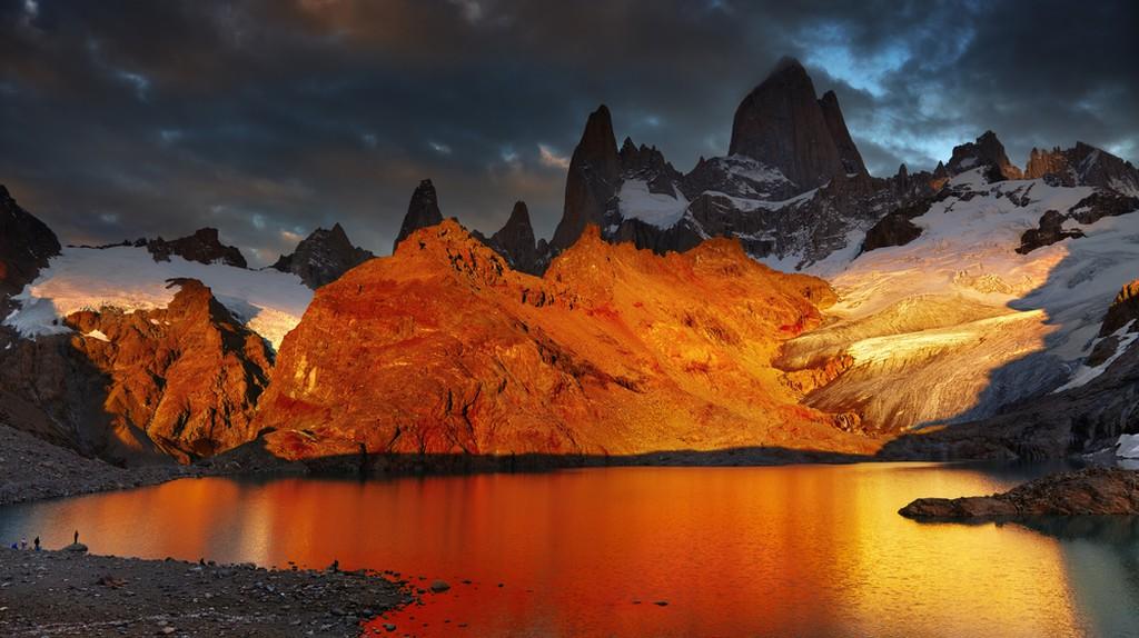 Sunrise at Fitz Roy | © Dmitry Pichugin/Shutterstock