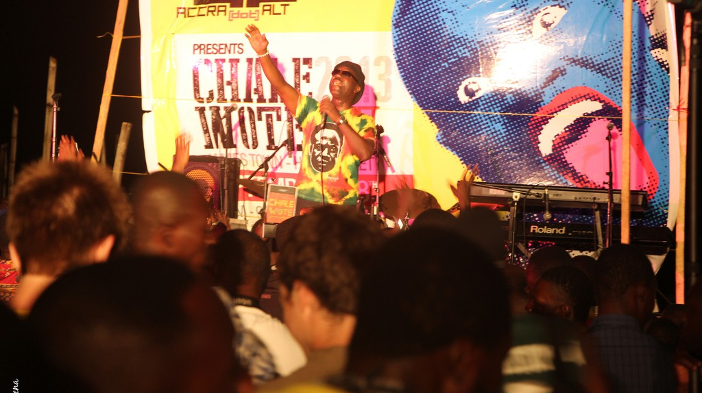 "<a href = ""https://www.flickr.com/photos/59650008@N07/10289975903/in/photolist-gFhPkD""> Gyedu Blay at Chale Wote | © Kwabena Akuamoah-Boateng/Flickr"