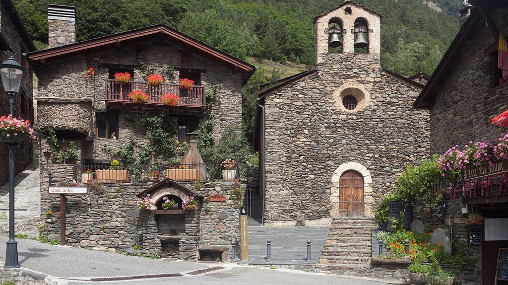 Sant Serní de Llorts, Ordino, Andorra | © Luis Miguel Bugallo Sánchez (Lmbuga) / WikiCommons