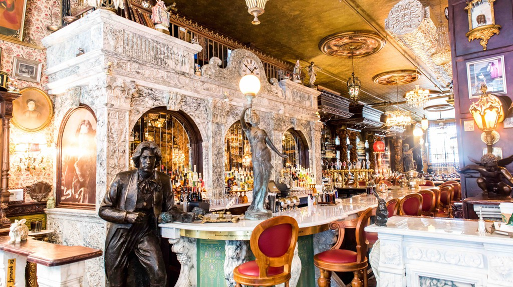 Oscar Wilde bar in NYC | © Simmer Group/Courtesy of Oscar Wilde