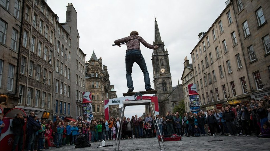 Street Performer At Edinburgh Fringe