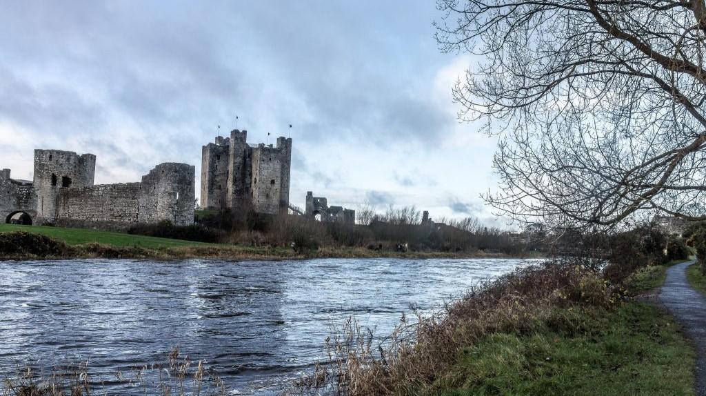 Trim Castle on the River Boyne | © William Murphy/ Flickr