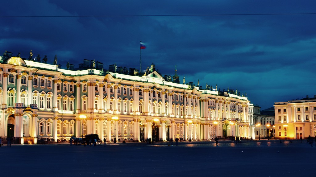 St Petersburg I © dron19/Pixabay
