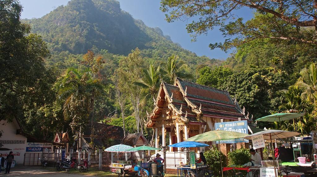 Chiang Dao Caves | © Andrea Schaffer / Flickr