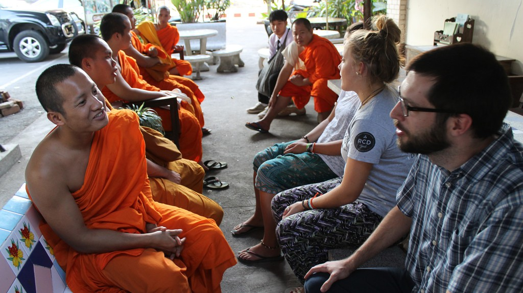 Monk Chat at Wat Chedi Luang | © Connie/Flickr