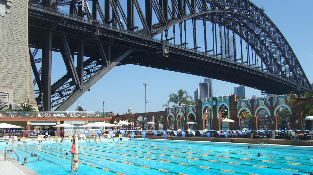 North Sydney Olympic Pool | © Guido Tresoldi/Flickr