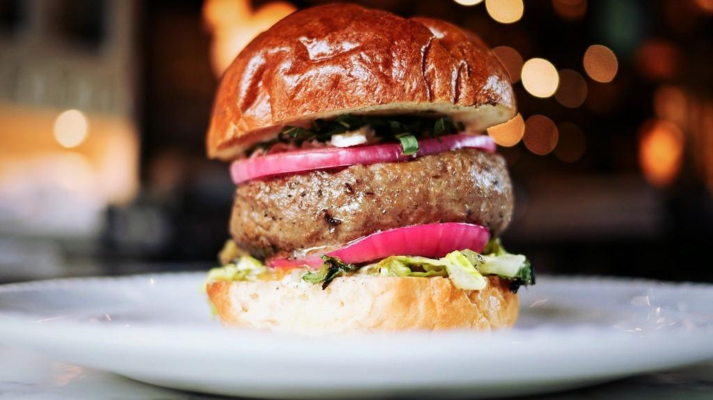 Beef burger   © Pexels / Pixabay