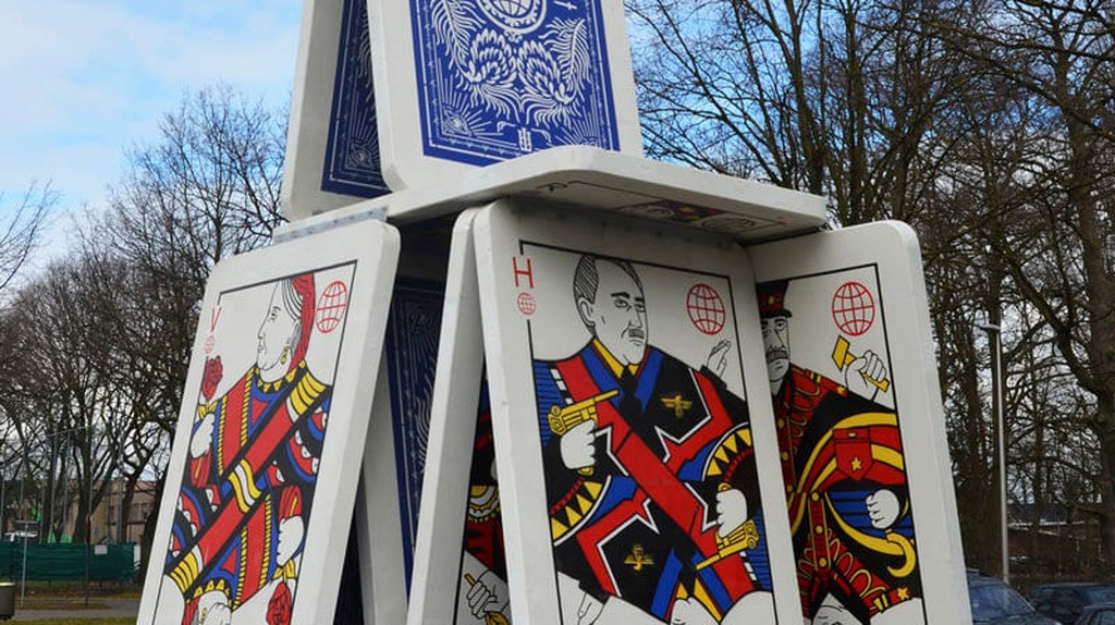 Belgian Artist Creates a 60,000kg House of Cards with Fallen Dictators