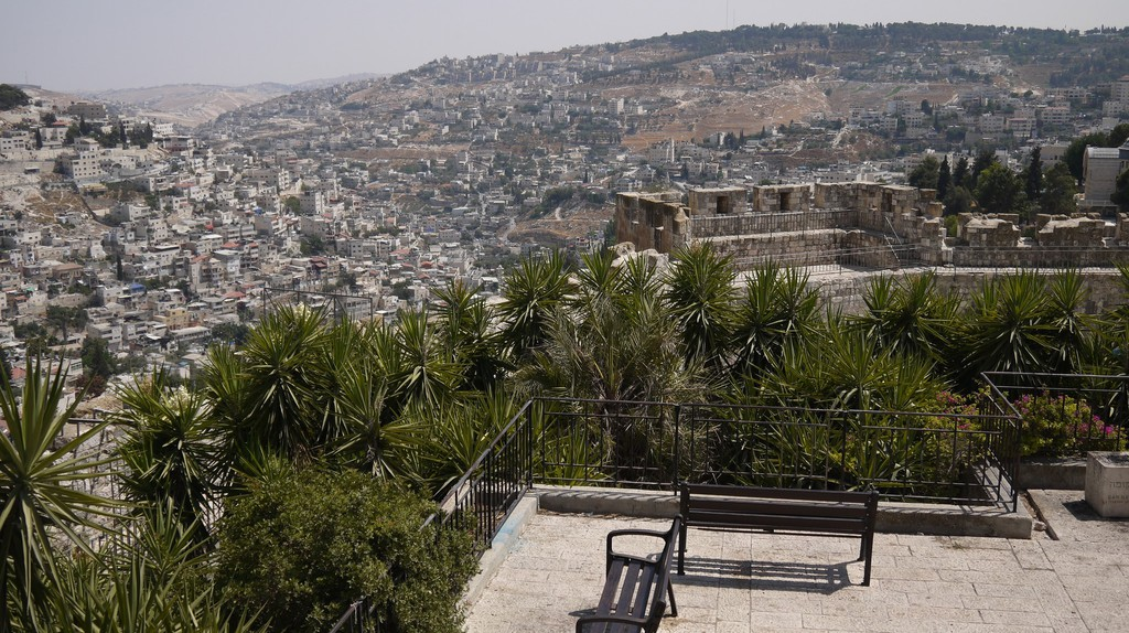 The Best Spots in Jerusalem to Avoid Tourist Crowds