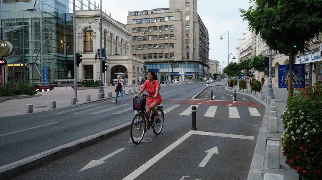 Biking in Bucharest © Răzvan Băltărețu / Flickr