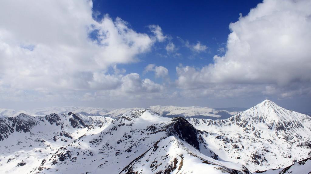 Retezat Mountains in winter   © Casa Costa-Foru / Flickr