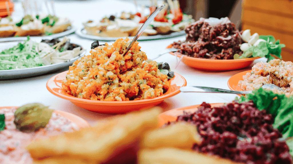 Vegetarian food   © Jakub Kapusnak / Foodiesfeed