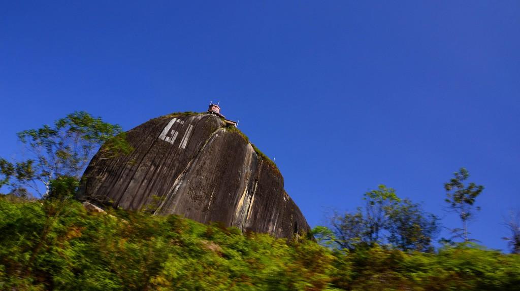 The rock of Guatape   © JoseDGL / Flickr