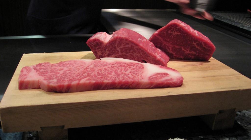 Kobe Beef   © Jiashiang / Flickr