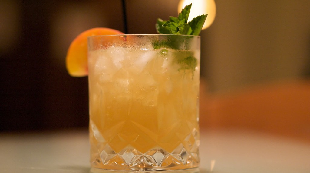 Higher Ground Cocktail Ι © Michael Korcuska/Flickr
