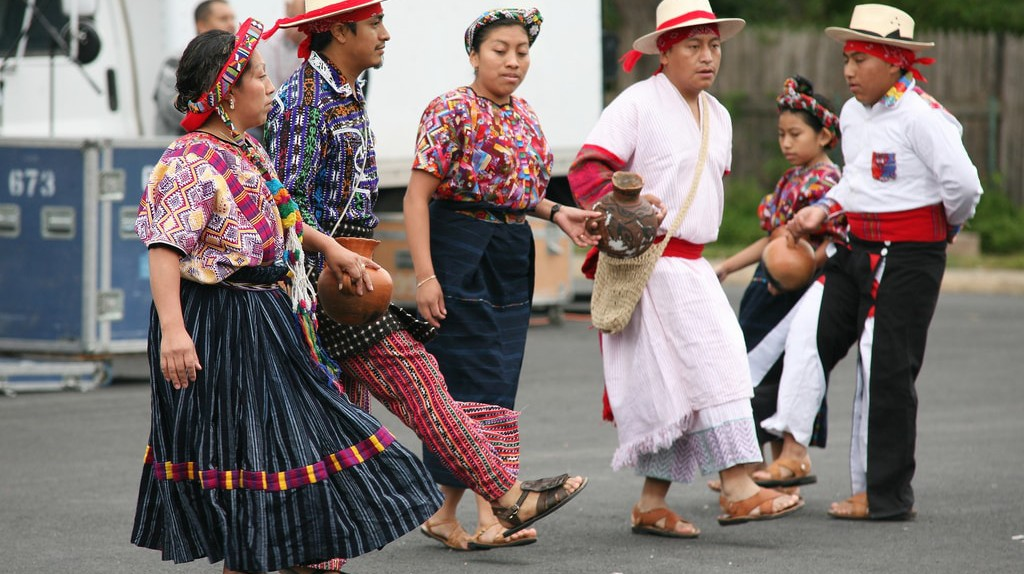Mayan folk dance, Guatemala © Cliff1066 / Flickr