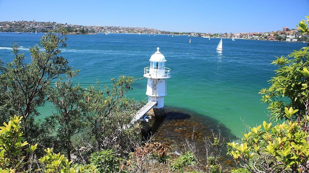 Bradley's Head lighthouse | © Wade Homewood/Wikimedia Commons