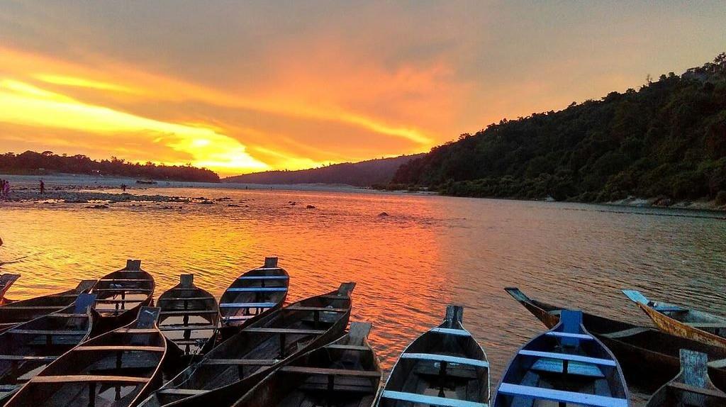 Dwaki Lake, Meghalaya | ©  Sohini.sen / Wikimedia Commons