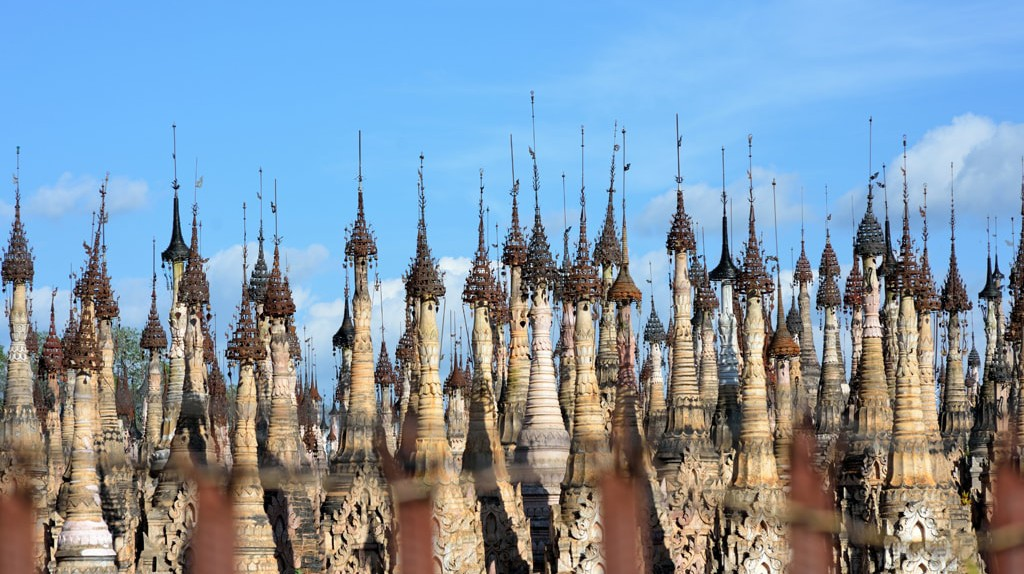 The stupas at Kakku in Shan State   © Chase Chisholm
