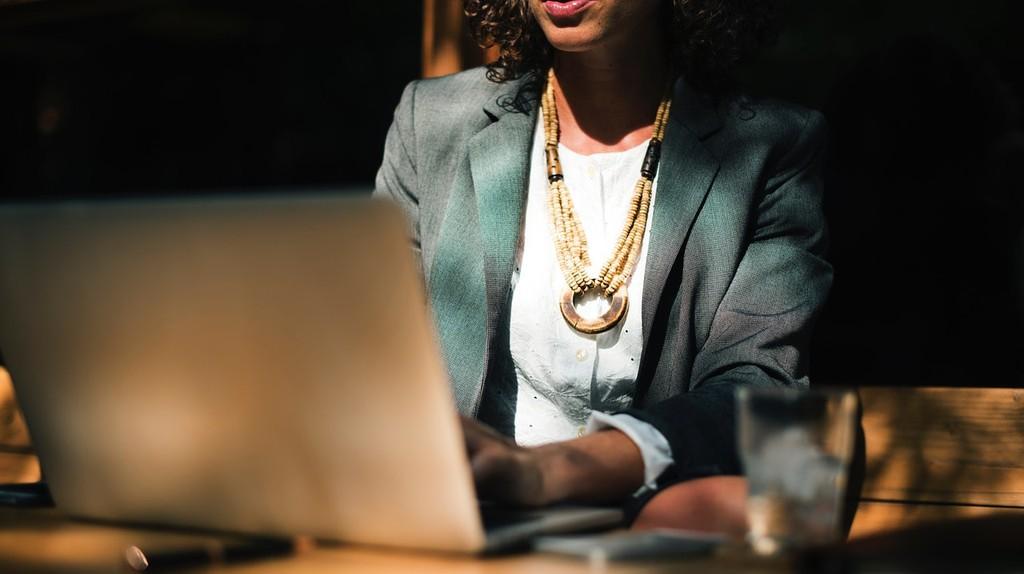 Female entrepreneurs | © StockSnap/Pixabay