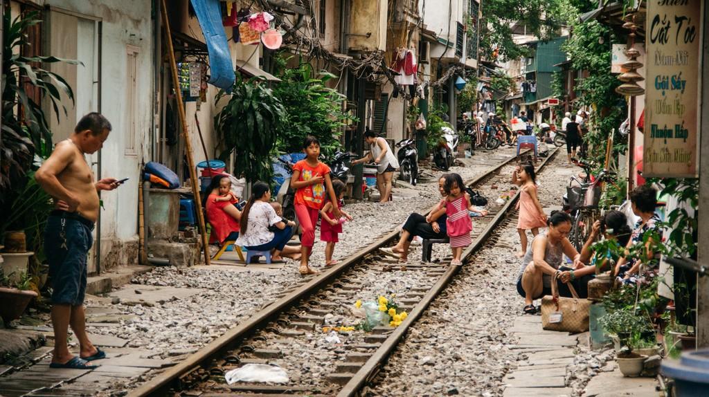 Life on Train Street   © Scott Pocock/Culture Trip