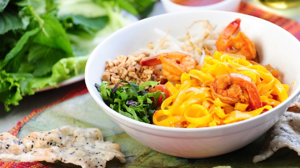 Mì Quảng: Central Vietnam's Underrated (and Mouthwatering) Noodle Dish